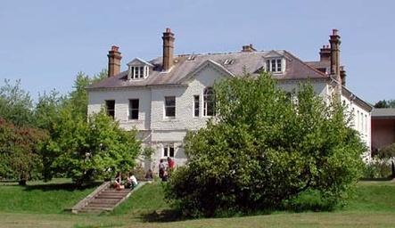 Emerson College, Sussex
